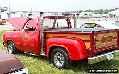 Dodge Lil Red Express, photo from the 2000 Chrysler Classic Columbus, Ohio.